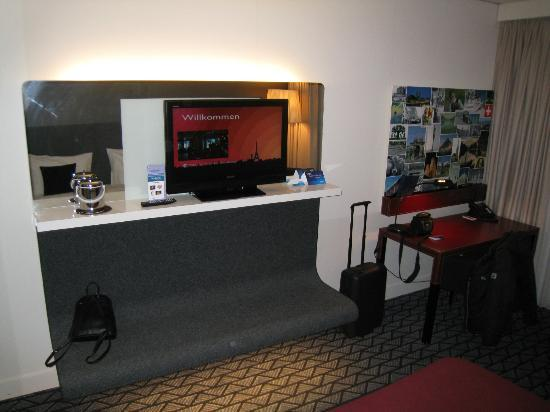 Radisson Blu Hotel, Zurich Airport: Zimmer
