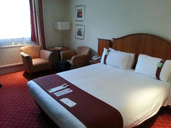 The Airport Inn Manchester: A view of our executive room.