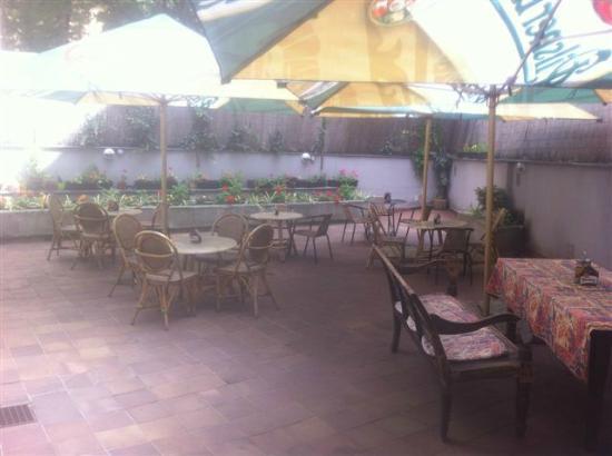 Restaurace Pod Viktorkou : The Garden-2