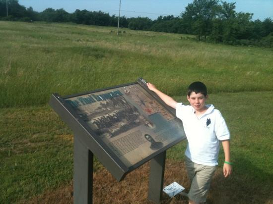 Honey Springs Battlefield: reading about the battle