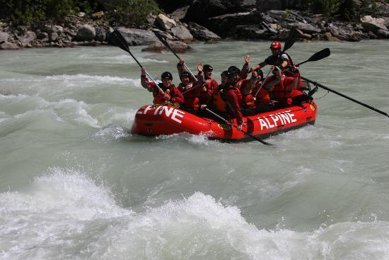 Alpine Rafting: Rafting the Kicking Horse