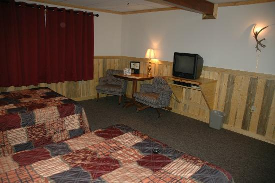 Lava Mountain Lodge: Newly Remodeled Lodge Rooms Spring 2012, Western Hospitality on the mountain.
