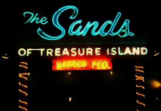 The Sands of Treasure Island: Retro Neon