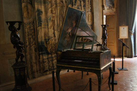 Palais Lascaris : pianoforte a coda