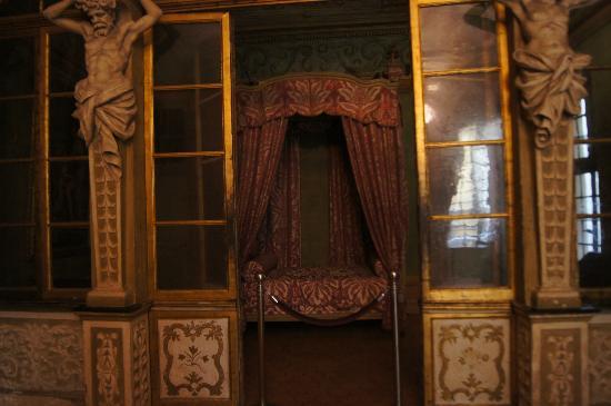 Palais Lascaris : una stanza d'epoca