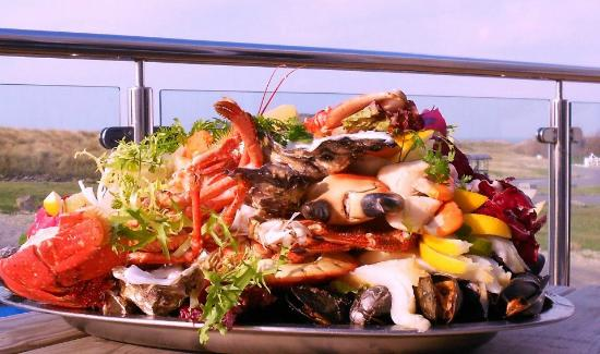 Grande Rocques Bistro: a Seafood Platter