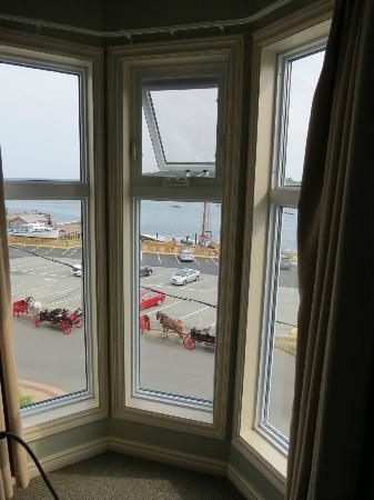Brigantine Inn: View Room Bluenose