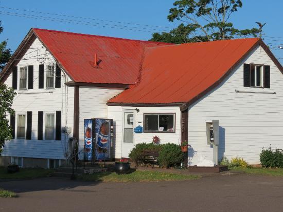 Tidal Bore Inn