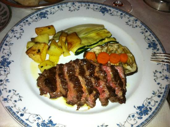 Villa Madruzzo: Beef and vegetables...
