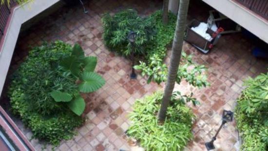 Hotel de la Monnaie: the courtyard