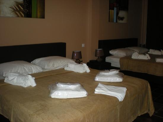 Sheva Hotel : Standard Room with two beds