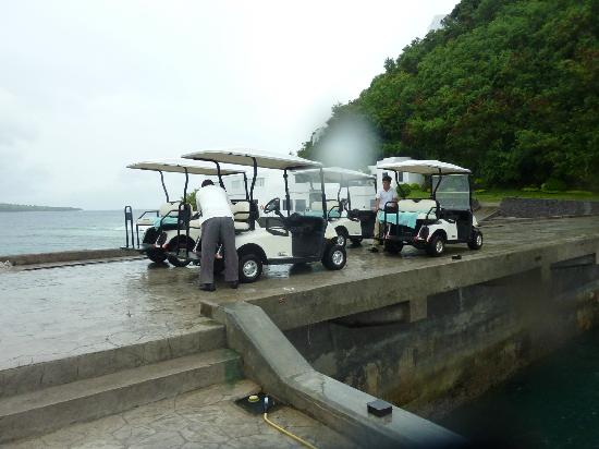 Bellarocca Island Resort and Spa: Golf cart ride