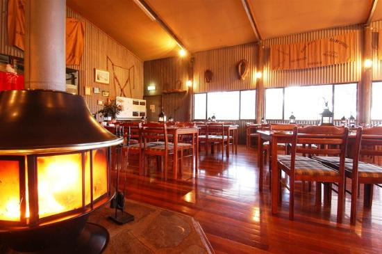 Woolshed Restaurant: Lovely warm and welcoming atmosphere