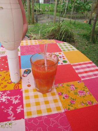 Lilikoi Garden Cafe: Fresh juice!