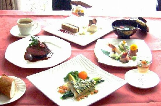 Hotel Asamagaoka : ホテル バーモラル軽井沢 お食事イメージ