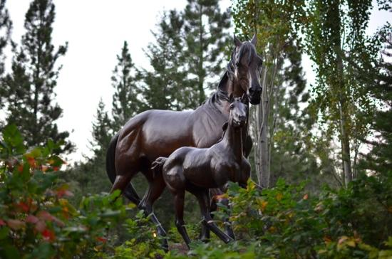 Triple Creek Ranch: gorgeous statuary at Triple Creek