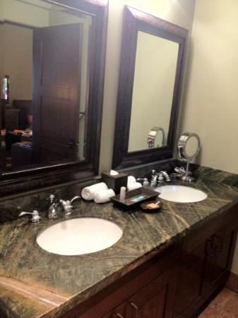 Hyatt Pinon Pointe: bathroom