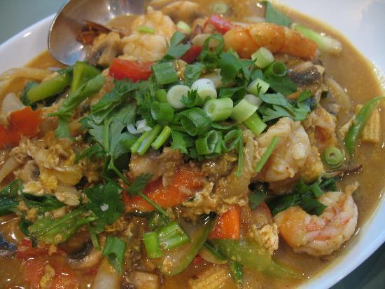 Sawadee Thai Cuisine: Curried prawns...yum !