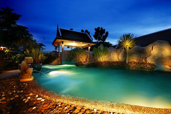 Island Herb & Spa : The Main Spa pool @ Island Herb Spa