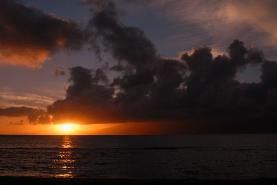 Paki Maui Resort: Another great sunset