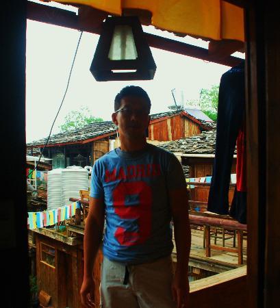 Crossroads Inn: self portrait