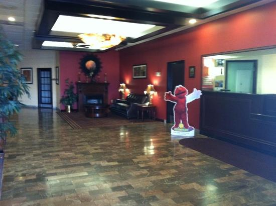 BEST WESTERN PLUS Philadelphia Bensalem Hotel : lobby was clean and staff was helpful