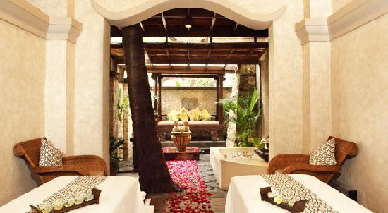 Glow Spa At Mandira: Room Treatment
