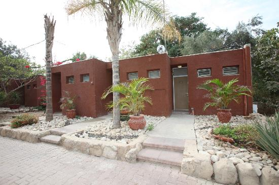 Almog Holiday Village: Garden Rooms