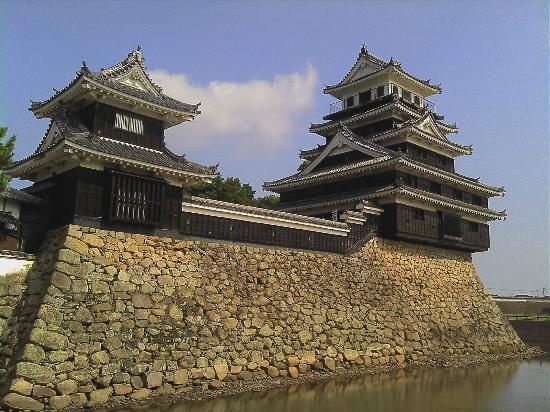 Nakatsu, Japan: 中津城全景