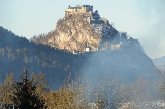 Hochosterwitz Castle (Burg Hochosterwitz): in the morning