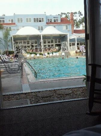 The Lafayette Hotel, Swim Club & Bungalows: Awesome view from my bedroom. Pool was 7 feet deep