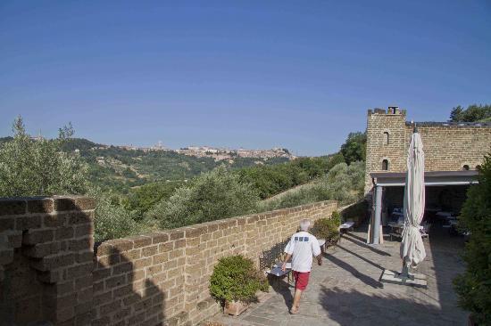 Castello di Monterone: restaurant petit déjeuner