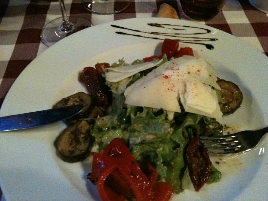 Les Trois Tilleuls : salada fraicheur aux legumes confits
