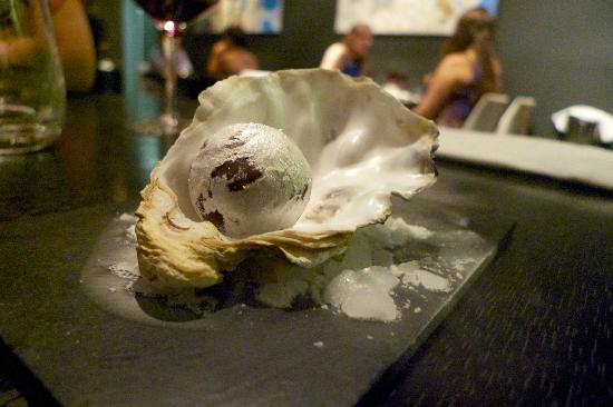 Funky Gourmet: pearl in shell