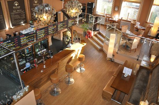 Heritage Coffee Mill and Bistro: Downstairs bar area