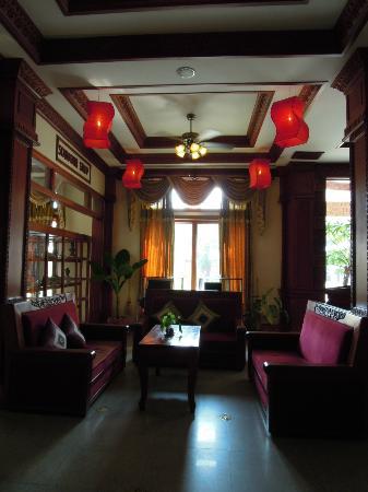 New Angkorland Hotel: 大廳的燈籠,頗有中國風。