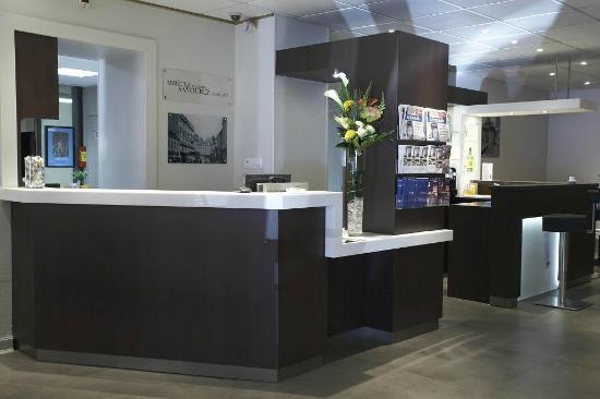 Kyriad Lille Centre - Gares: RECEPTION