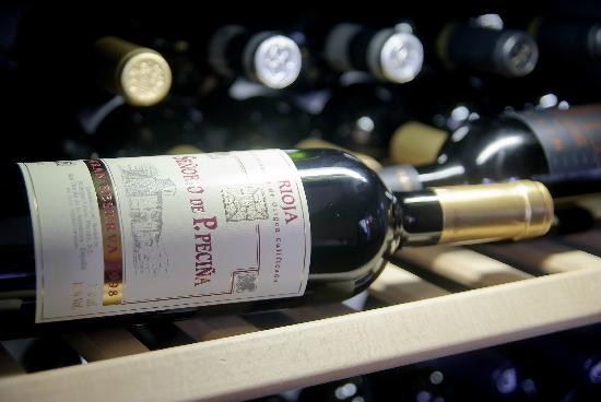 Espanola - Restaurante & Tapas Bar: Vino