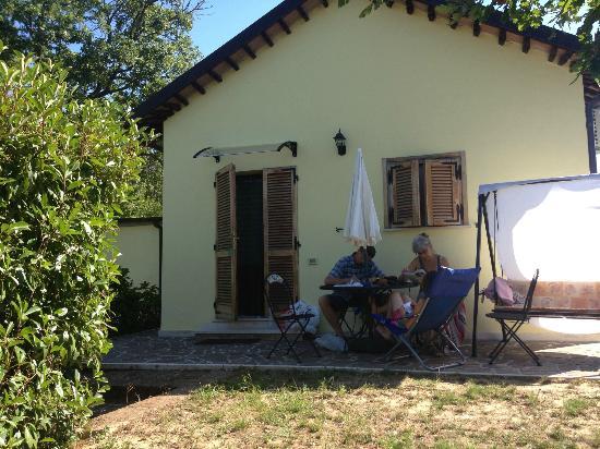 B&B Terra di Mezzo: Outside our room at Terra di Mezzo