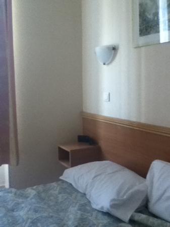Hotel Bonsejour Montmartre: chambre
