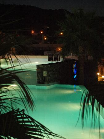 Central pool