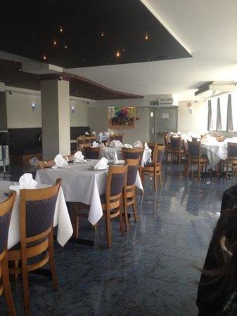 Blueroom Bar And Restaurant