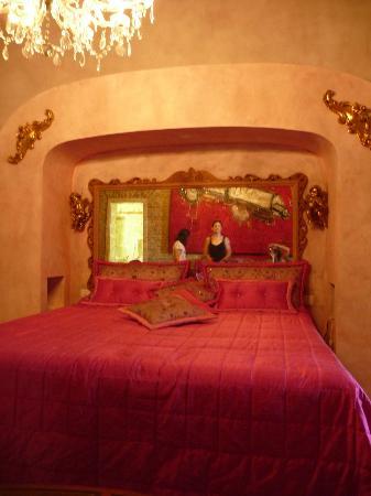 Relais Villa Roncuzzi: Bedroom