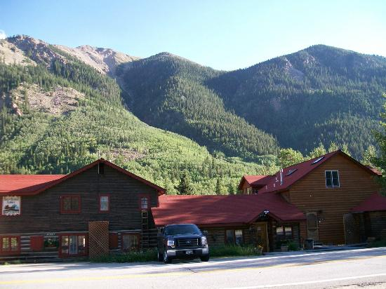 Mount Elbert Lodge
