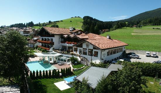 Monguelfo-Tesido, İtalya: Hotel Tirolerhof