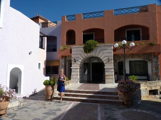 Eden Village Kournas: l ingresso del villaggio