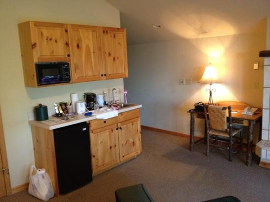 Bigfork Mountain Lake Lodge: kitchenette