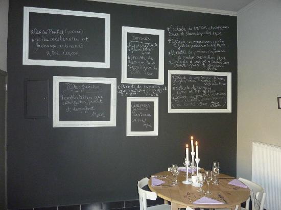 table de n donchel le tableau noir des produits frais. Black Bedroom Furniture Sets. Home Design Ideas