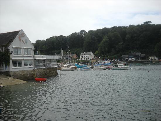 Chez Jacky : vue sur le port