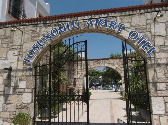 Tosunoglu Apart Otel: Grand Entrance